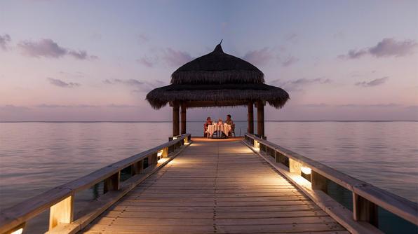 most-romantic-destinations_ss_001_596x334